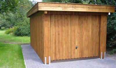 Holzgaragen